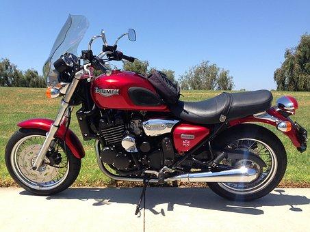 Motorcycle, Motorbikd, Red, Vehicle, Triumph, Legend