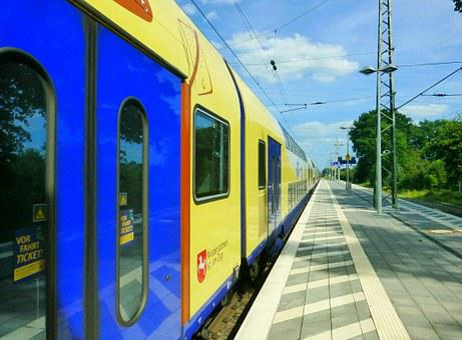 Train, Railway Station, Vehicles, Travel, Track
