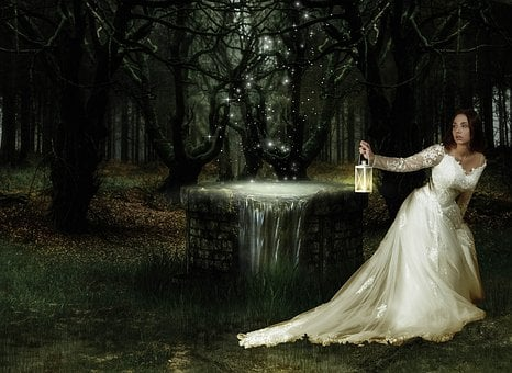Fantasy Magic, Forest, Woman, Fear, Lights, Fairytale