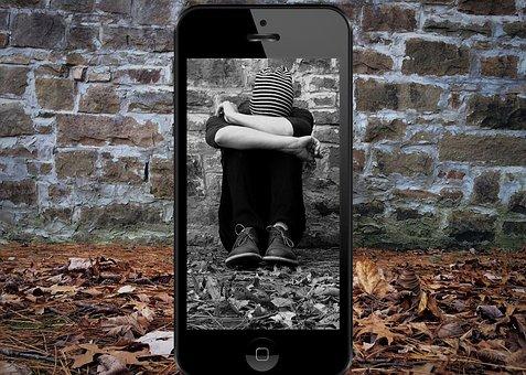 Bullying, Cyberbullying, Insult, Laugh At, Victims, Sad