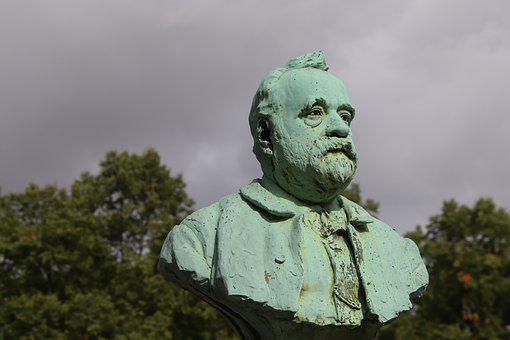 Sculptures, Statues, Bronze, Gray-green, Cemetery