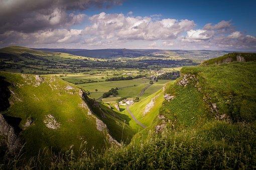 Winnats Pass, Castleton, Peak District, Landscape