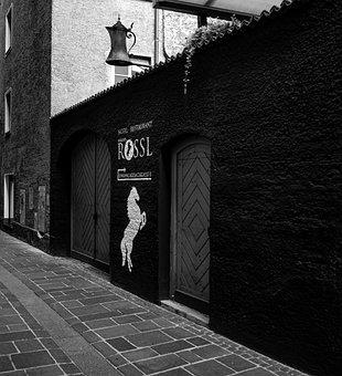 Weisses Rössl, Wall, Facade, Alley, Tyrol, Innsbruck