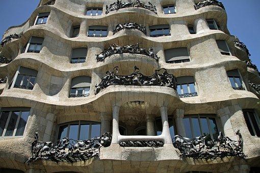 Casa Mila, La Pedrera, Gaudi, Architecture, Landmark