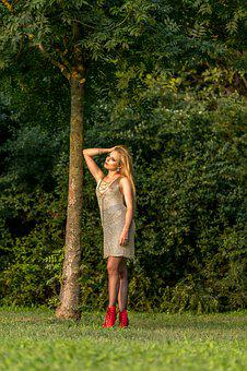 Models, Tree, The Model On The Lawn, Nature, Girl