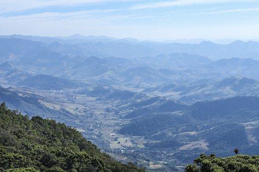 The Mountain's Peak, Flight