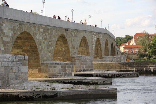 Stone Bridge Of Regensburg, Danube, Historically