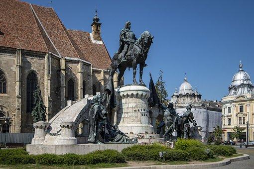 Rumania, Cluj-napoca, King Matthias Statue, Tourism