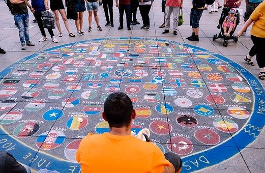 Street Artists, Chalk, Flags, Artists
