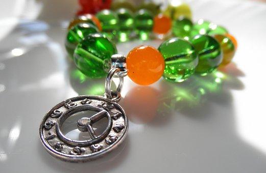 Handicraft, Bracelet, Beads, Clock, Glass, Woman, Green