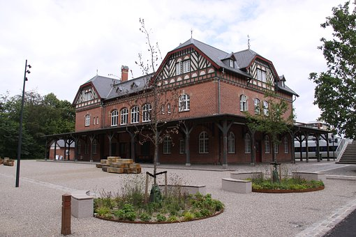 Skodsborg, Station, Station Building, Rail, Historic