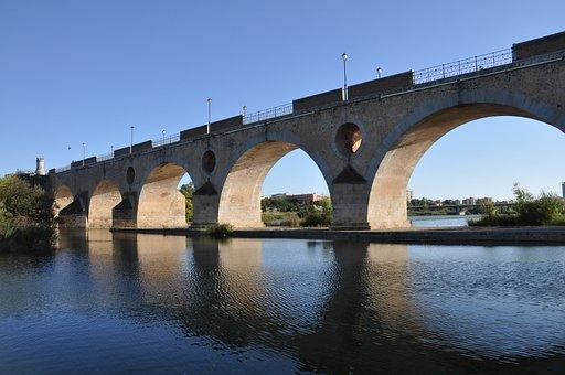 Badajoz, Bridge Palm, Spain, Extremadura, Old Bridge