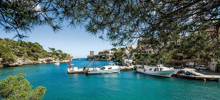 Spain, Mallorca, Cala Figueira, Bay, Sea, Sun