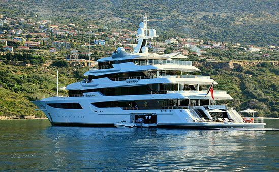 Royal Romance Yacht, Luxury Yacht, A Wealth Of, 1, 000