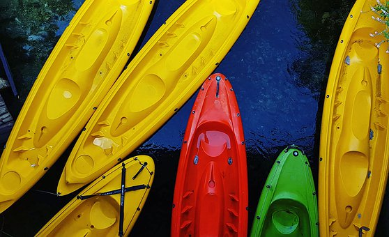 Canoe, Colors, Yellow, Red, Green, Dark Blue, Water
