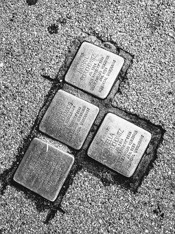 Stumbling Blocks, Abrei, Memory, Nazzismo, History