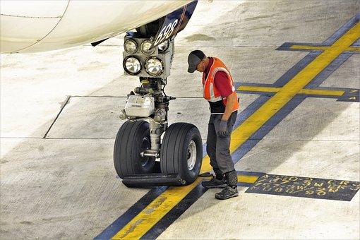 Landing Gear, Nose Wheels, Commercial, Airliner, Gate