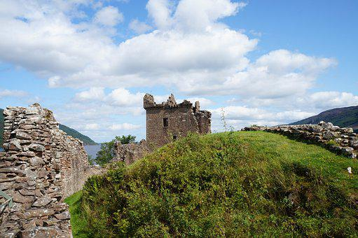 Urquhart Castle, Castle, Ruin, Fortress, Scotland