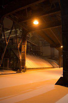 Indsutrial, Factory, Winter, Snow, Extraction