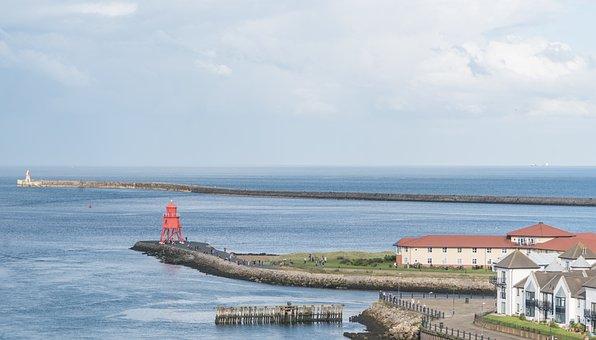 Tynemouth Lighthouse, Herd Sands Groyne, Lighthouse