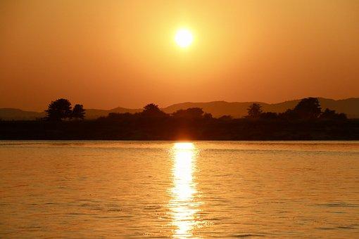 Asia, Myanmar, Burma, Irrawaddy River, River, Sunset
