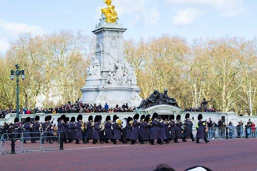 Band, March, Buckingham, Palace, Uk, Uniforms, England