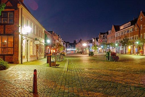City, Market, Shops, Cityscape, Evening, Building