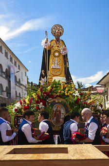 Party, Tradition, Corpus Christi, Santo, Church