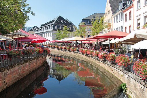 Saarburg, Historic Center, Tourism, Flowers, Leuk
