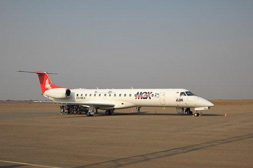 Lam, Mozambique, Airlines, Embraer, Erj, 145, White