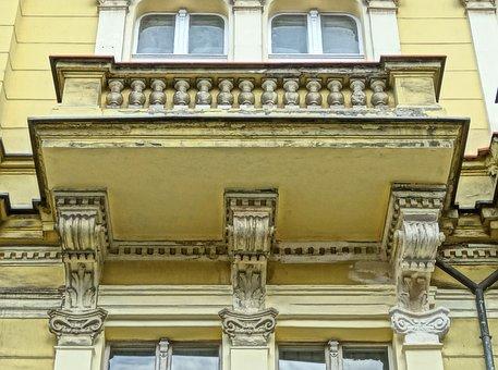Welniany Rynek, Bydgoszcz, Balcony, Facade