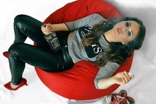 Lazy Bag, Beutifull, Girl, Red Shoes, Jack Daniels