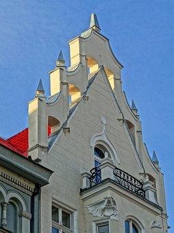 Bydgoszcz, Stary Rynek, Gable, Pediment, Building