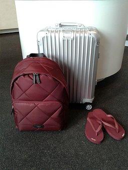 Flip Flops, Luggage, Backpack, Traven, Jorney, Rimowa