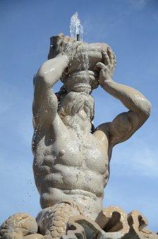 Gian Lorenzo Bernini, Piazza Barberini, Rome, Sculpture