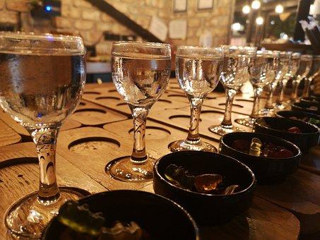 Glass, Water, A Toast, Night, Bar, Restaurant, Kitchen