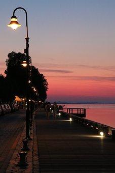 Night, Streetlights, Lights, Edge-of-sea, Sea, Sky-rose
