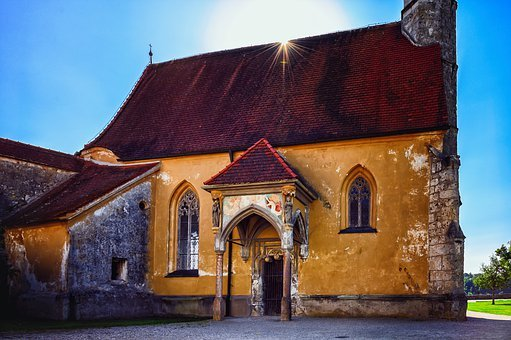 Church, Middle Ages, Burghausen, Bavaria, Germany