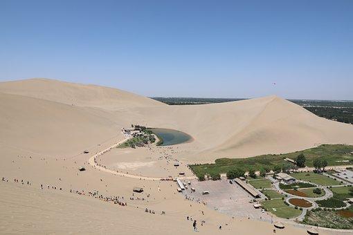 Crescent Lake, Desert, Oasis