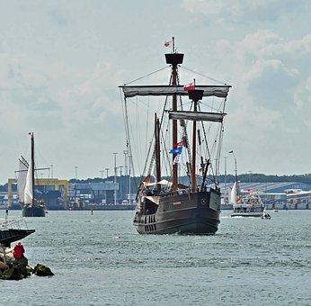 Cog Ship, Lisa Of Lübeck, Port, Rostock, Hanse Sail