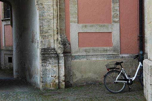 Bike, Wall, Wiblingen, Wheel, Old, Lean On, Turned Off