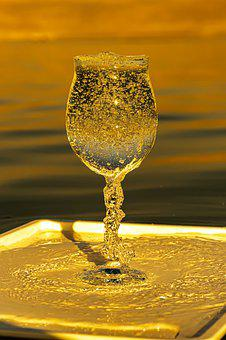 Wineglass, Bubbles, Tray, Airy, Water, Leisure