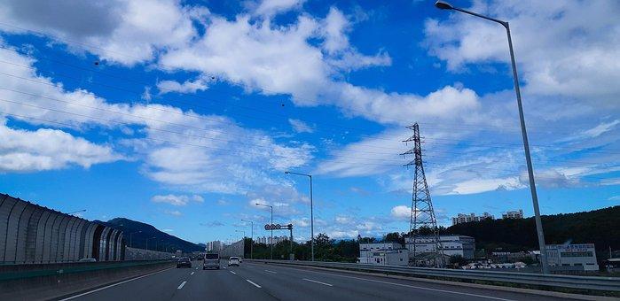 Sky, Cloud, Fine Dust, Fair, Electric