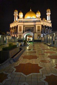 Jame' Asr Hassanil Bolkiah Mosque, Bandar Seri Begawan