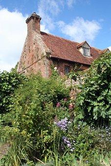 Sissinghurst, Kent, Garden, England, Masonry
