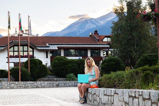 Digital Nomad, Mountains, Work, Traveller, Bansko