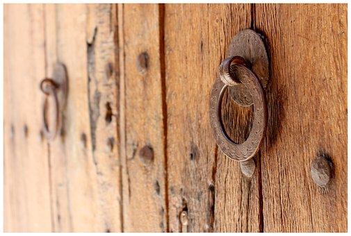 Door, Door Lock, Doorknocker, Brass, Metal, Door Handle