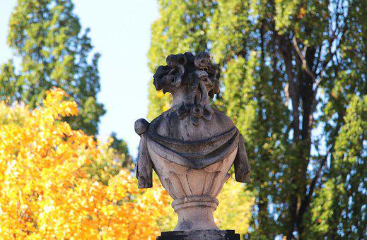 Bayreuth, Bavaria, Upper Franconia, Stone Figure
