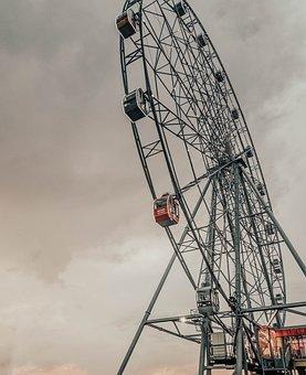 Ferris Wheel, Chelyabinsk, Attraction, Wheel, Carousel