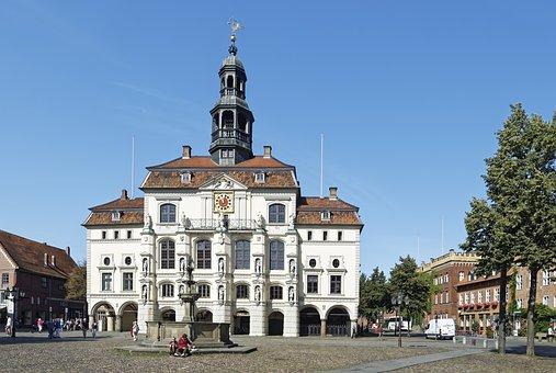 Germany, Lüneburg, Town Hall, Historic Center